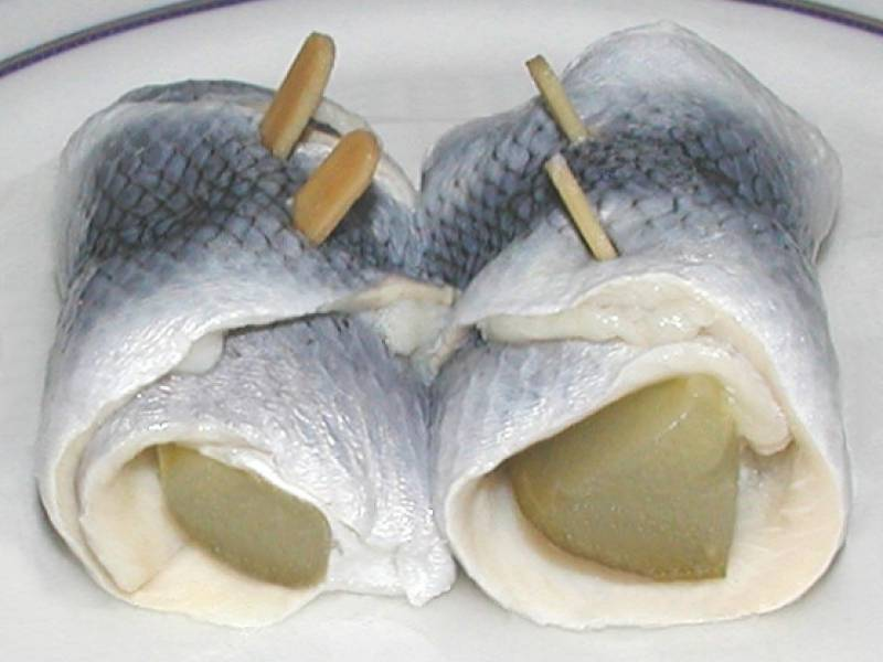rollmops herring served on a plate