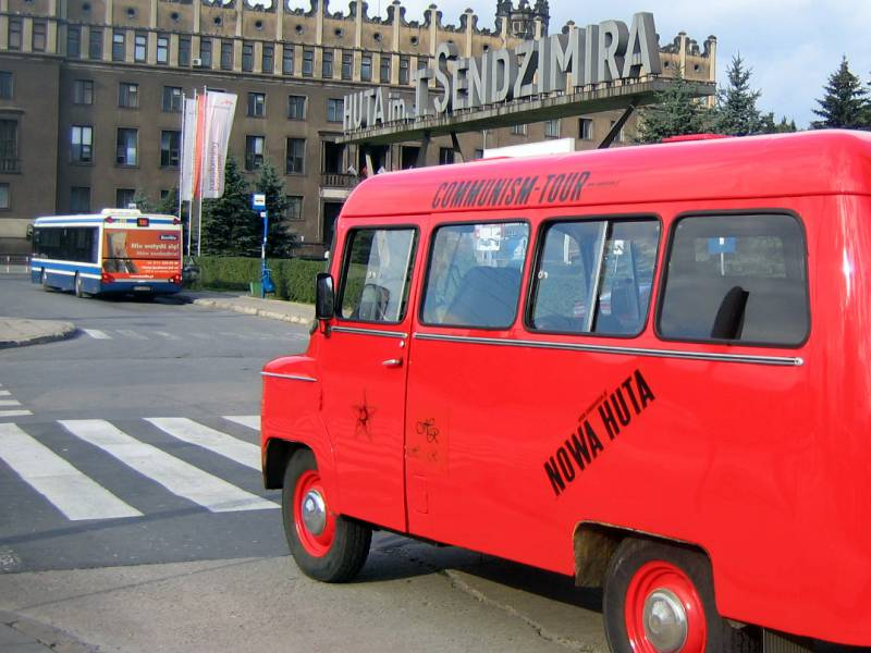 nowa huta communism tour car